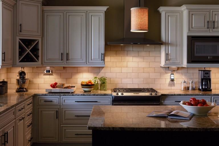 kitchen-cabinet-lighting-options